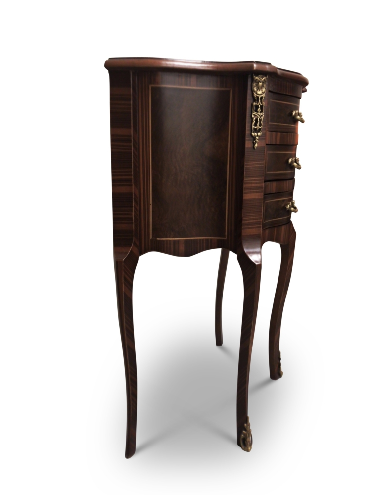 Quinte-feuille, French Style, Brown Mahogany, Wood Veneer , Commode