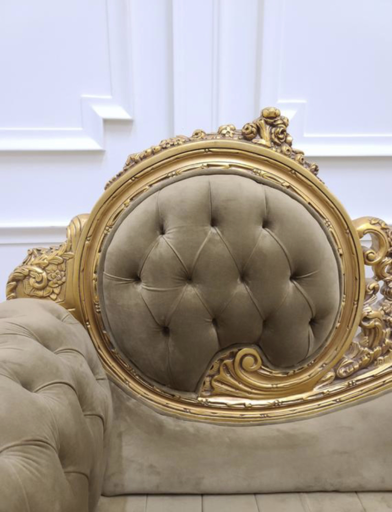 MADE TO ORDER / Victorian Chaise Lounge/Gold Leaf Hand/Carved Frame/Tufted Peanut Brown Velvet, Chaise Lounge